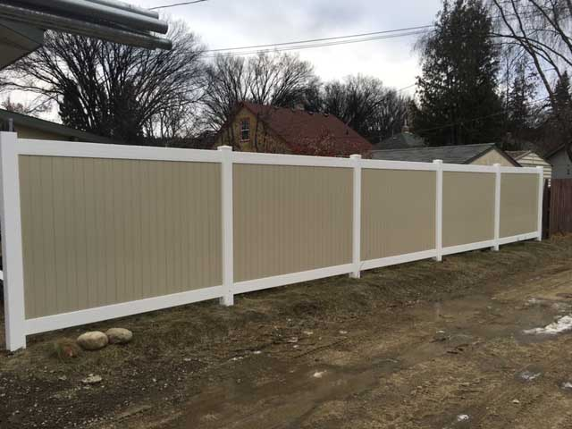 Vinyl fence white and beige2